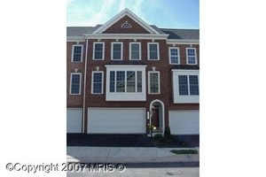 21819_ladyslipper_square_ashburn_vi